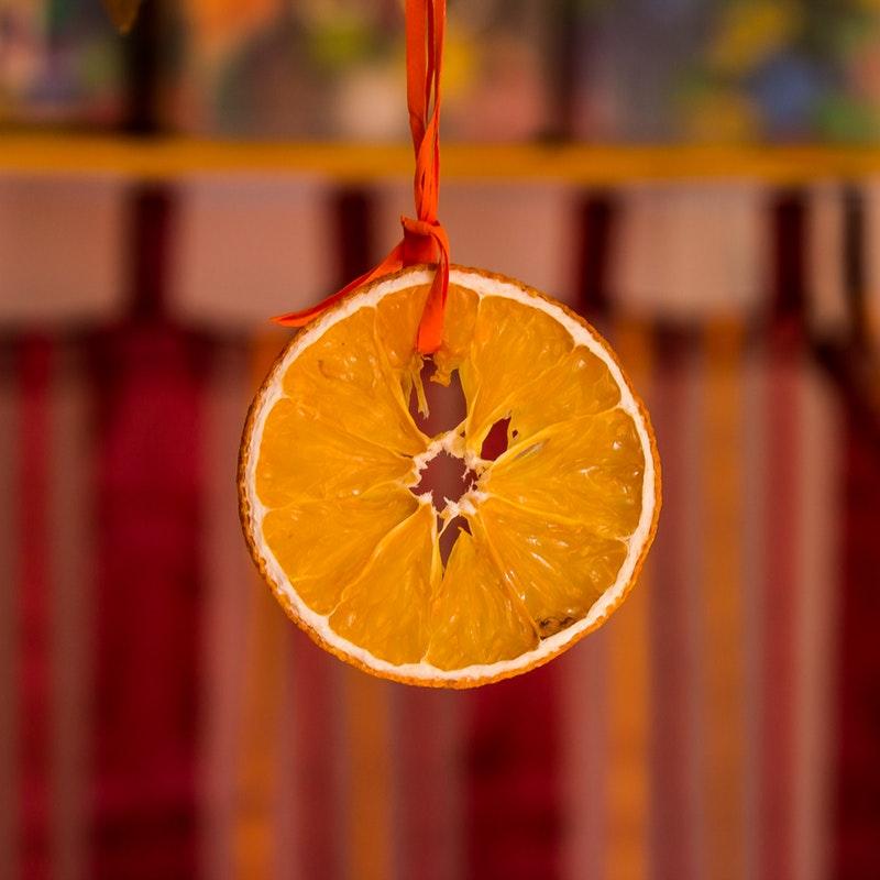 orange-fruit-hanging-38636